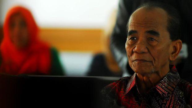 Gerindra: Stafsus Jokowi Buang Badan soal Grasi Annas Maamun