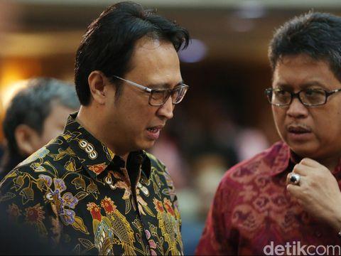 Putra Megawati, Prananda Prabowo (kiri) diisukan menggantikan posisi Mega di parpol.