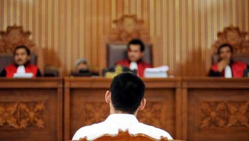 Kasus Anak Mati Kesetrum Eskalator, Teknisi Mal Duduk di Kursi Pesakitan
