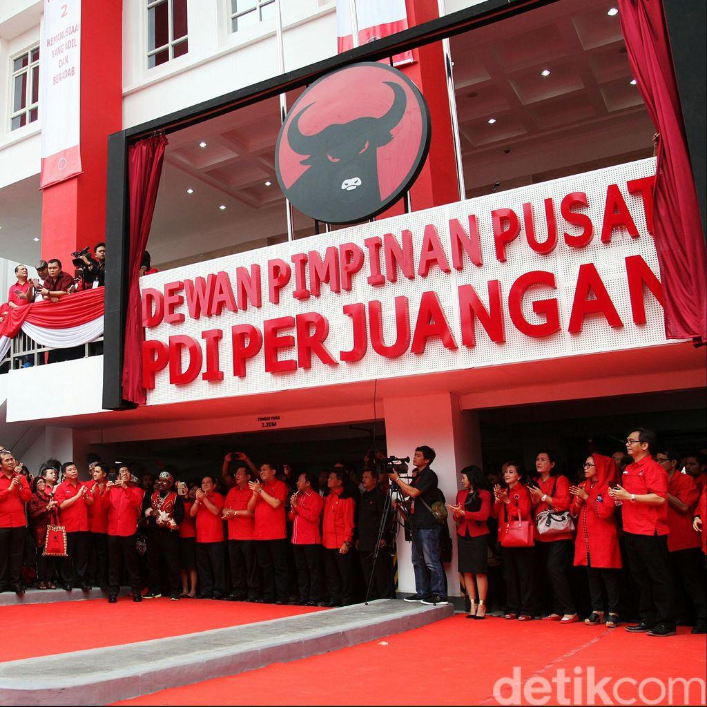 Gerindra-PD-PKS-PAN Siap Keroyok Jokowi, PDIP Tak Gentar!