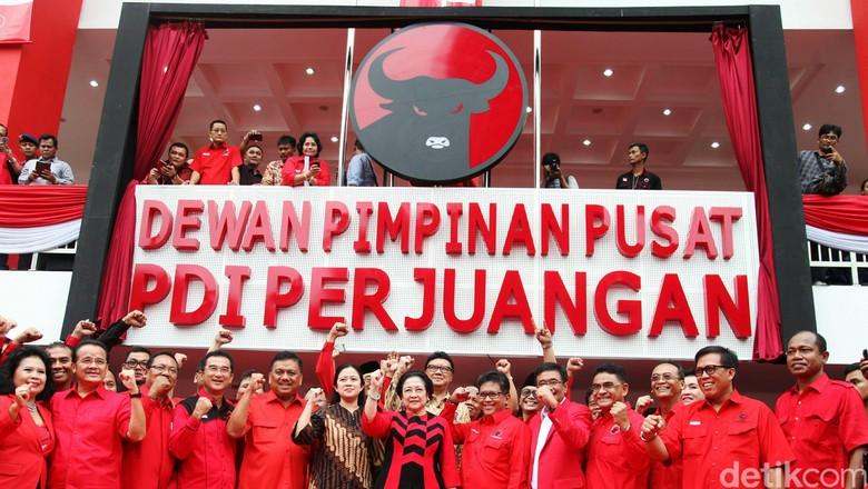 Puan, Tjahjo dan Pramono Anung Belum Di-PAW dari DPR, Ada Apa PDIP?