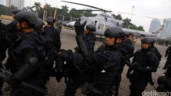 Perpres Pelibatan TNI Tangani Terorisme Dibahas Usai Lebaran
