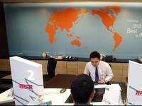 Tips Nggak Kehabisan Tiket Pesawat Murah, Penampakan SPG Asal China
