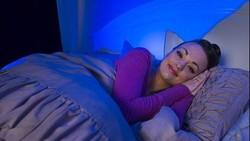 Ketika harus menjalani suatu hal penting di pagi hari, Anda harus tidur lebih cepat agar mendapatkan waktu istirahat yang lebih panjang. Begini caranya.
