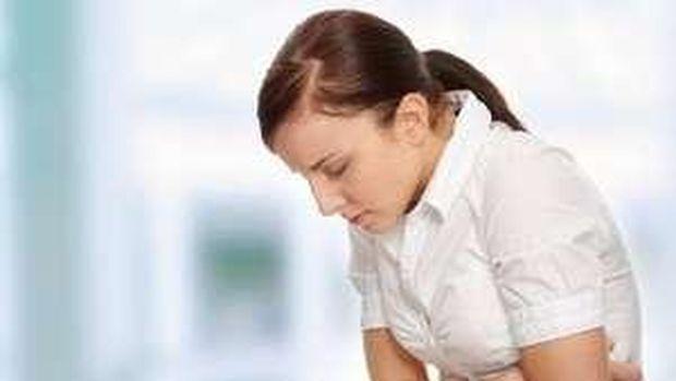 Asam lambung berbalik atau refluks, bisa dipicu oleh posisi tidur yang salah