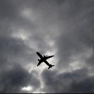 Hoax Kompensasi Listrik, Pilot dan Pramugari Dirumahkan