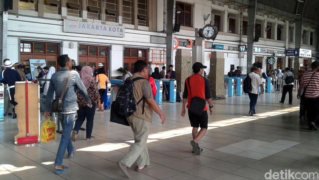 BI Gelar Layanan Tukar Uang Baru di Kawasan Stasiun Kota