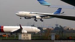 Heboh Imbauan Dilarang Foto di Pesawat Garuda