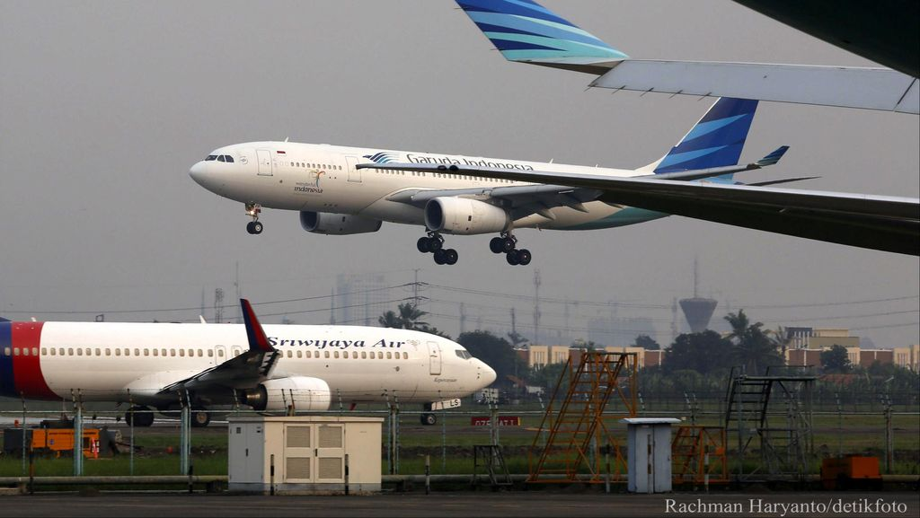 Pengusaha Travel Ngeluh Harga Tiket Pesawat Masih Tinggi