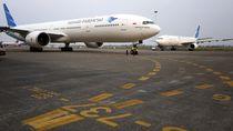 Penjelasan Garuda Terkait Larangan Ambil Gambar di Pesawat