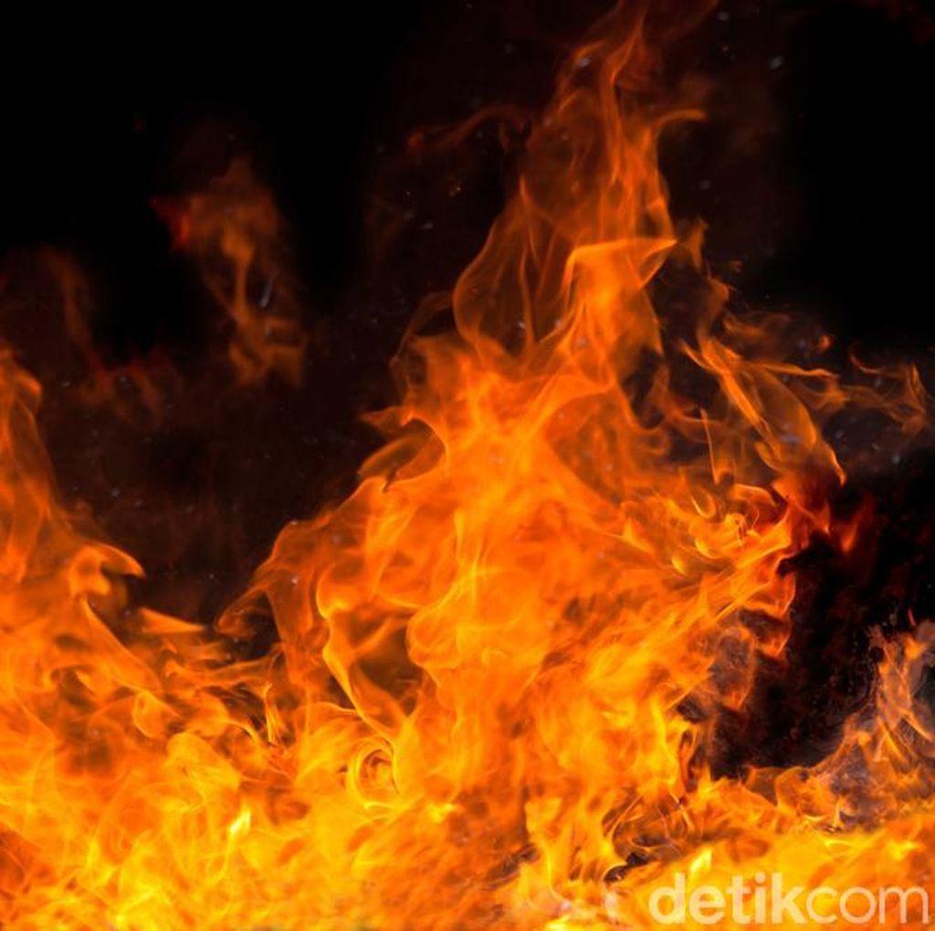 Bus Garuda Terbakar di Bandara Soekarno-Hatta