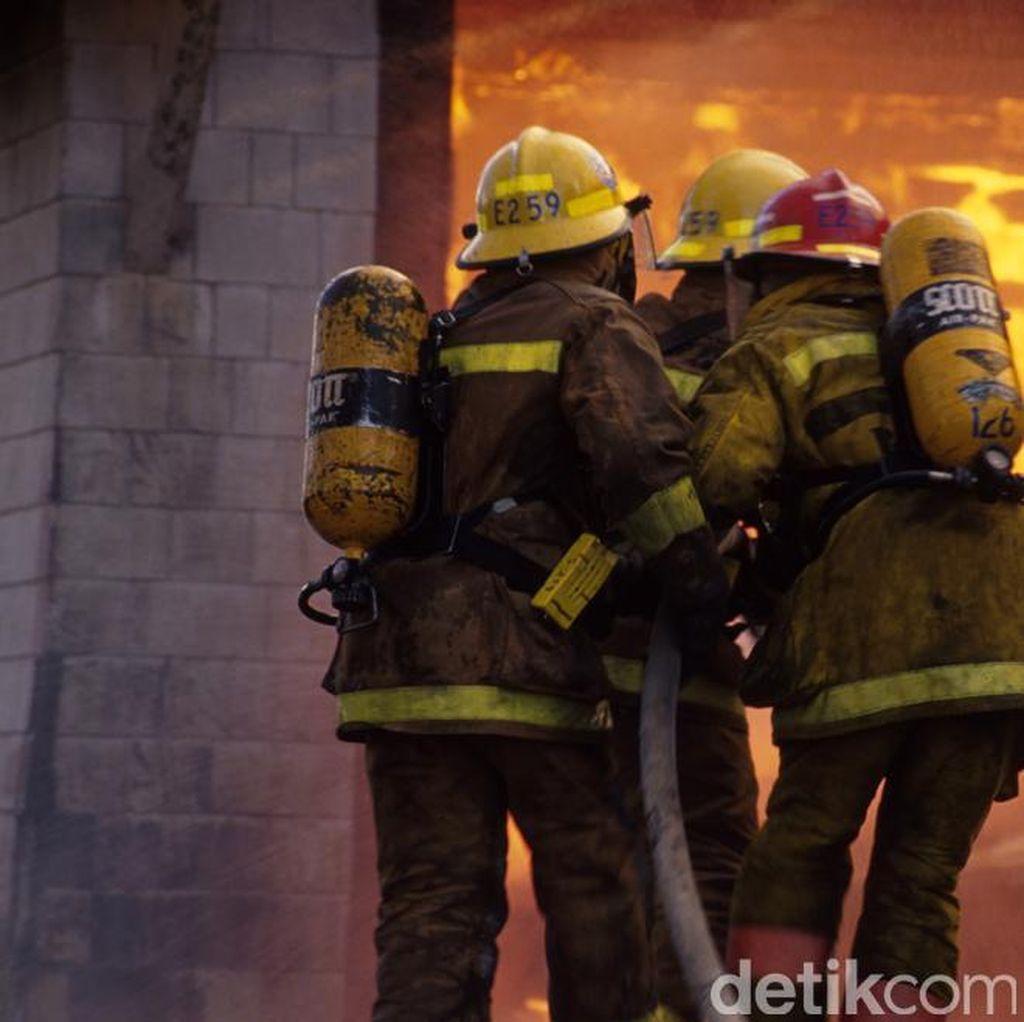 15 Siswa Tewas Akibat Kebakaran Gedung, PM India Berduka