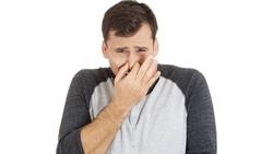 Ada beberapa gejala yang dapat dibaca ketika seseorang dicurigai memiliki batu ginjal. Ini dia ciri-ciri yang patut Anda waspadai.