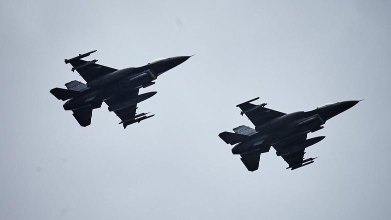 Usai Serangan Roket, Jet Tempur Israel Gempur Jalur Gaza