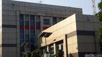 Jokowi Divonis Melawan Hukum di Karhutla, Kemenkes Akan Kaji Putusan MA