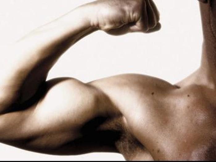 Latihan untuk mendapatkan otot yang kekar/Foto: thinkstock