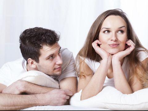 5 Hal yang Bisa Bikin Mood Pasangan Bete Setelah Bercinta