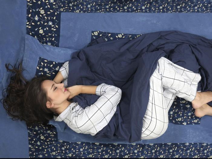 Jangan memakai piama yang sama setiap tidur lebih dari 3 hari. Foto: thinkstock