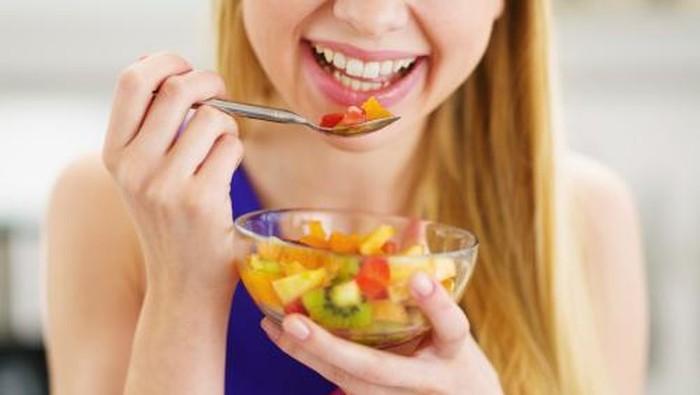 Ahli menyarankan makan buah sebelum makan berat. (Foto: Thinkstock)
