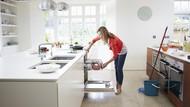 Jangan Malas Bersih-bersih Rumah Pascabanjir, Bonusnya Bakar 340 Kalori
