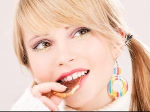 Stop Lampiaskan Emosi dengan Makan! Coba Alihkan dengan 5 Cara Ini (2)
