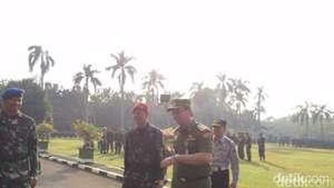 Mengintip Kemesraan Ahok dengan TNI/Polri