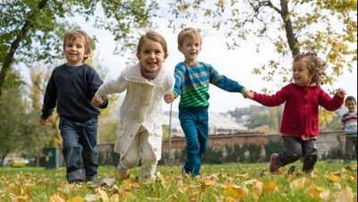 Cara Menyenangkan Ini Bisa Bikin Anak Prasekolah Lebih Pintar