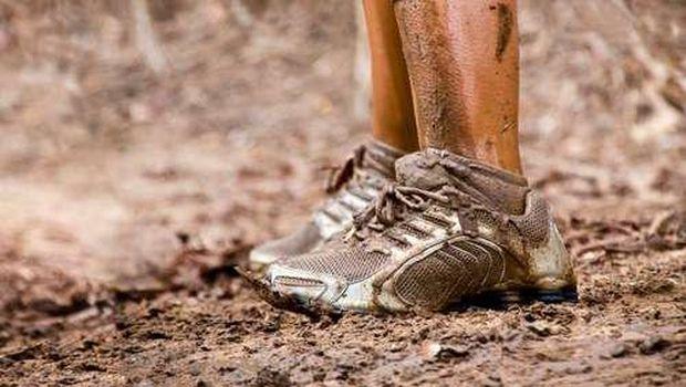 ilustrasi lari lumpur