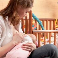 Pada Ibu Menyusui, Rasa Makanan yang Diasup Juga Bisa Dicicipi Bayi