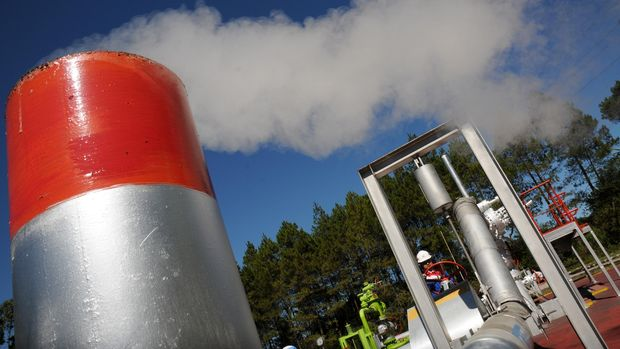 Fasilitas Pertamina Geothermal Energy (PGE) Area Kamojang, Kabupaten Bandung, Jawa Barat.