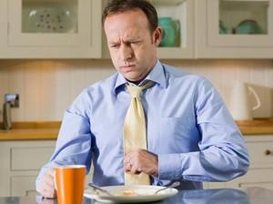 Daftar Makanan Sehat yang Justru Bisa Bikin Perut Kembung (2)