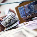Rupiah Tertekan, Dolar AS Berotot ke Rp 13.680