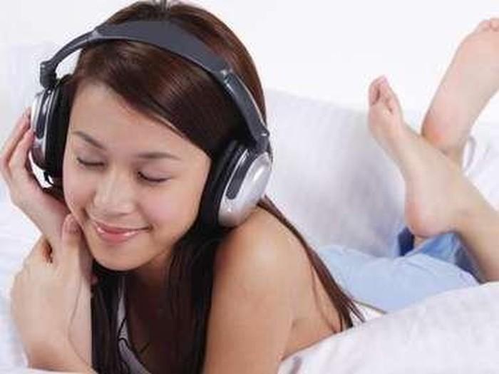 Ilustrasi manfaat dari mendengarkan musik bagi kesehatan