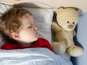 10 Makanan Ini Bisa Bantu Si Kecil Tidur dengan Nyenyak (2)