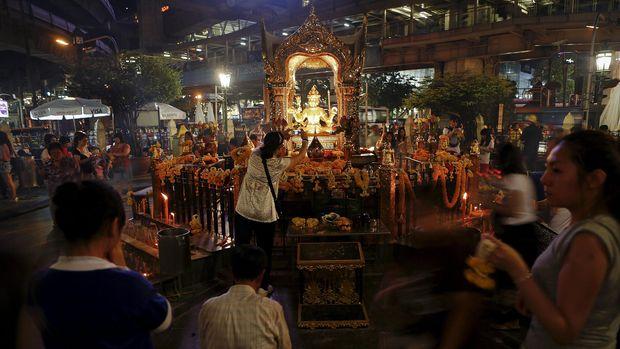 Kuil di Thailand  REUTERS/Damir Sagolj/Files