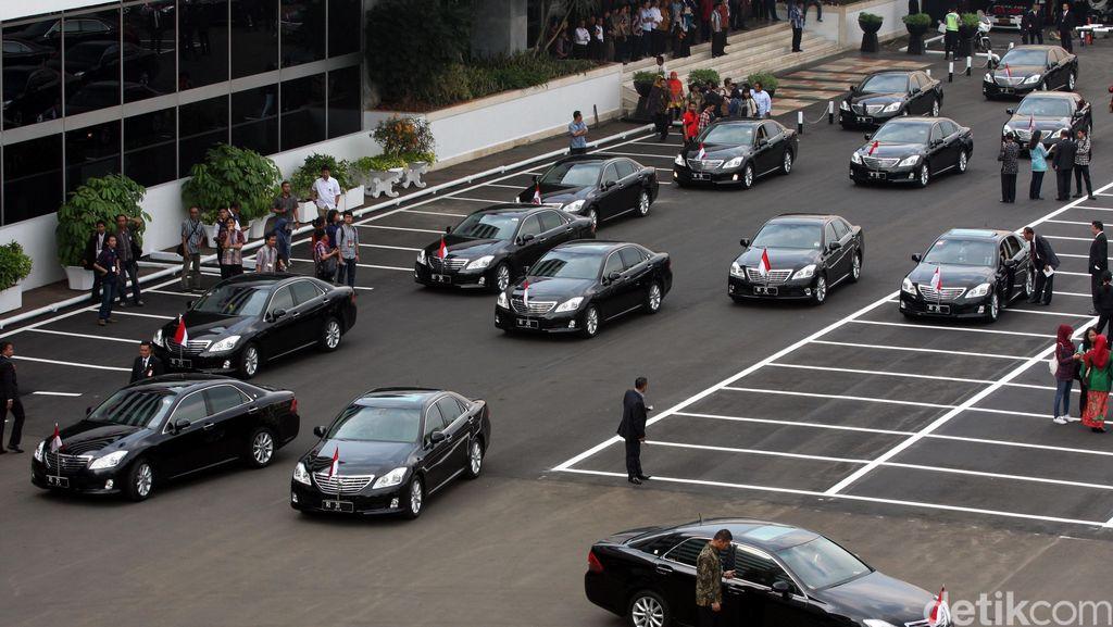 Rp 147 Miliar untuk Mobil Menteri, Roy Suryo: Itu Pemborosan