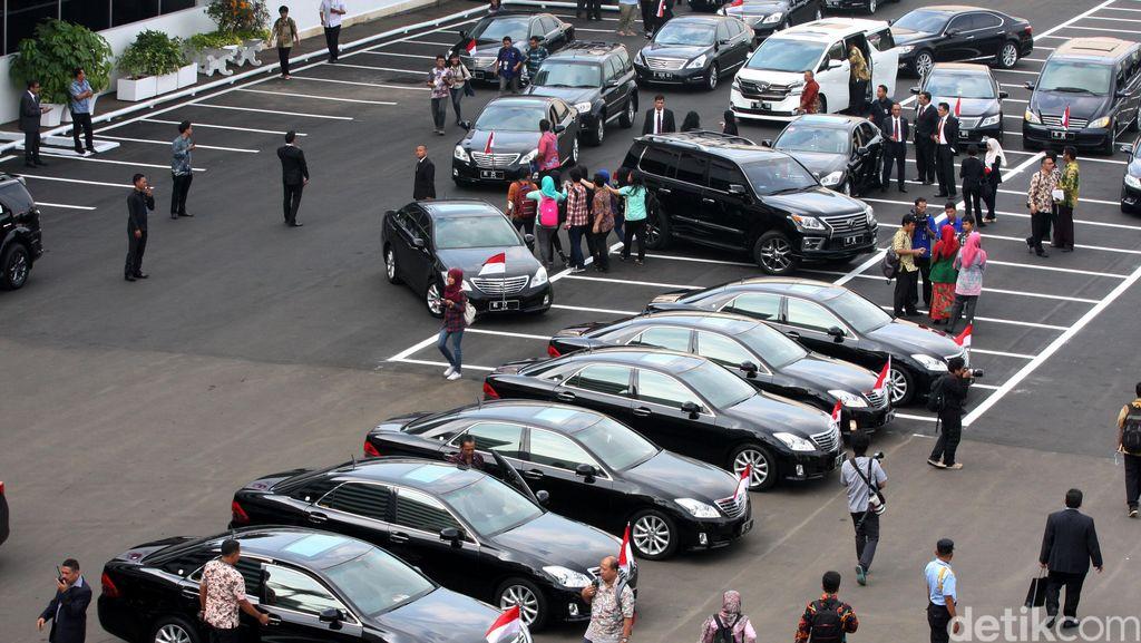 Mobil Baru untuk Menteri, Mobil Apa Ya?
