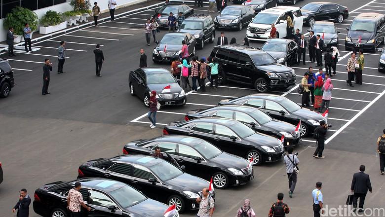 Pemerintah Beli Mobil Dinas Baru untuk Menteri, Anggarannya Rp 147 M