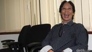 Alhamdulillah! Di Usia 54 Tahun, Mandra Dikarunia Anak