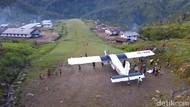 Kisah Peneliti Jerman Bangun Lapangan Terbang di Pedalaman Papua