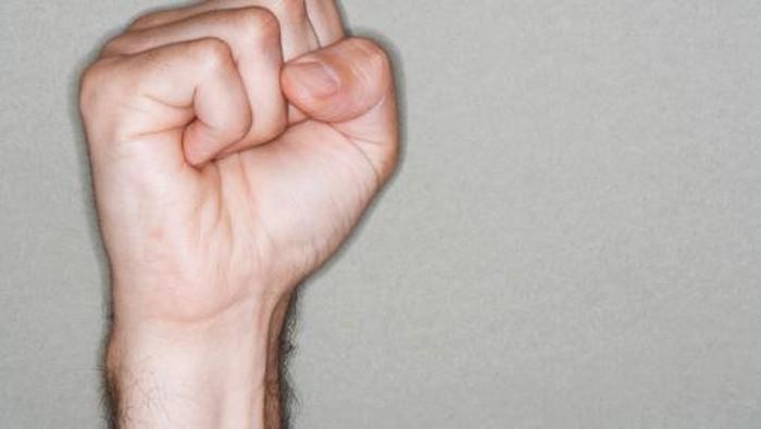 Kenapa ada orang yang punya urat menonjol di tangan? (Foto: Thinkstock)
