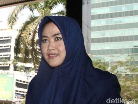 Istri Bupati Empat Lawang Suzanna Budi Antoni.
