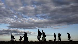Kedinginan, 22 Imigran Jalan Kaki dari Amerika Menuju Kanada