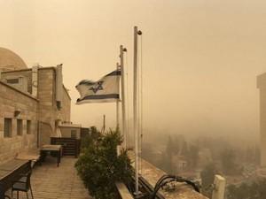 Yerusalem Dilanda Badai Pasir Terparah dalam 75 Tahun