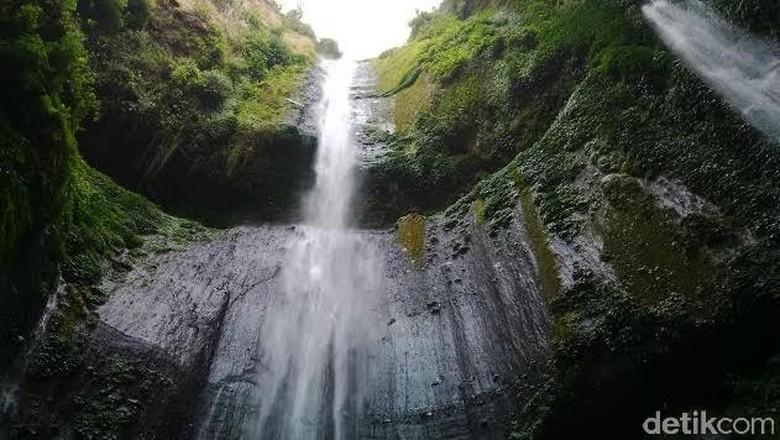 Air Terjun Madakaripura, tertinggi di Pulau Jawa. (Foto: M Rofiq)