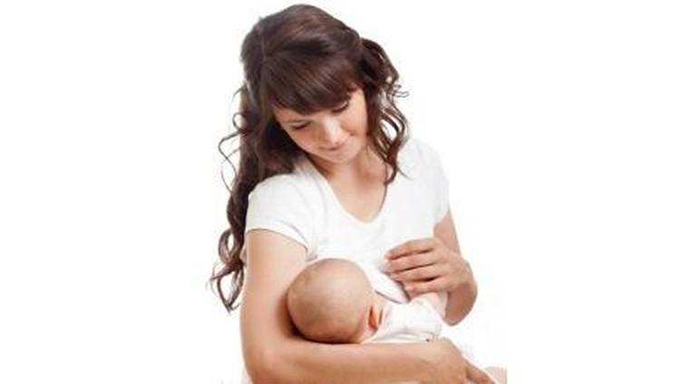 Amankah Ibu yang Sedang Flu Menyusui?