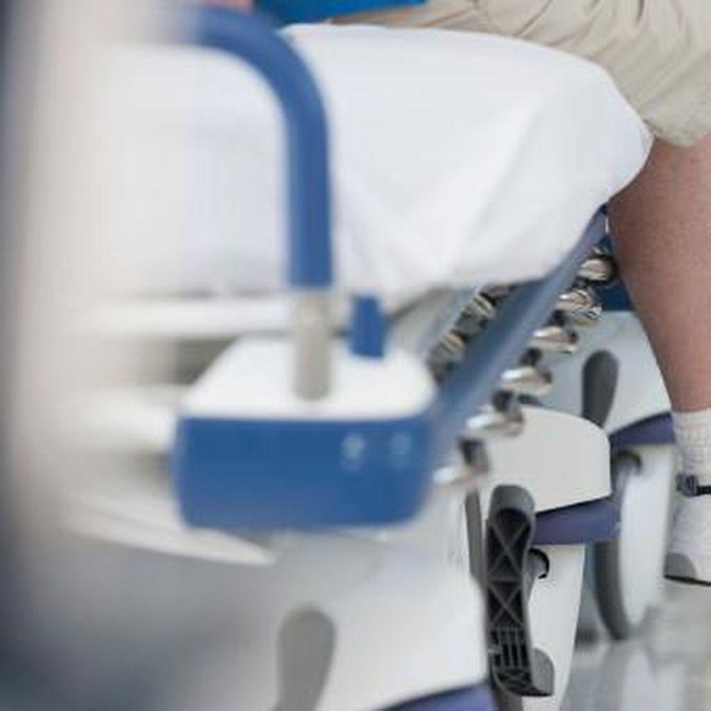 Terluka Saat Mencukur Bulu Kaki, Kaki Wanita Ini Diamputasi