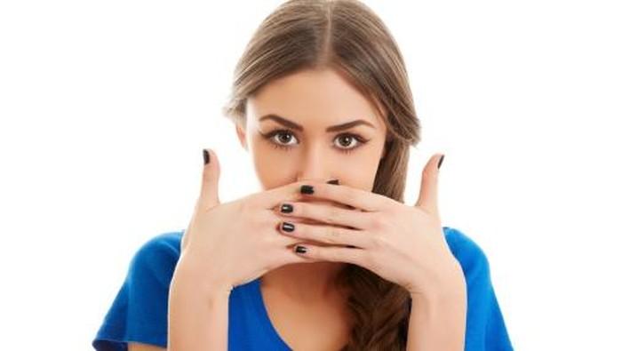 Seorang wanita tidak bisa berhenti cegukan selama 12 tahun. (Foto ilustrasi: Thinkstock)