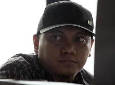 Majelis Hakim Pengadilan Tipikor menunda pembacaan putusan untuk terdakwa Gayus Tambunan dalam kasus penyuapan dan pencucian uang, Senin (20/2/2012). Sebabnya, Ketua Majelis Hakim Suhartoyo yang menangani perkara Gayus ini tengah sakit.