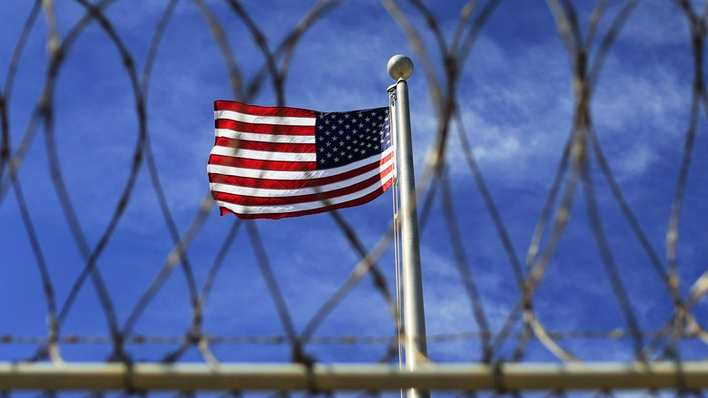 Trump Digugat 11 Tahanan Guantanamo